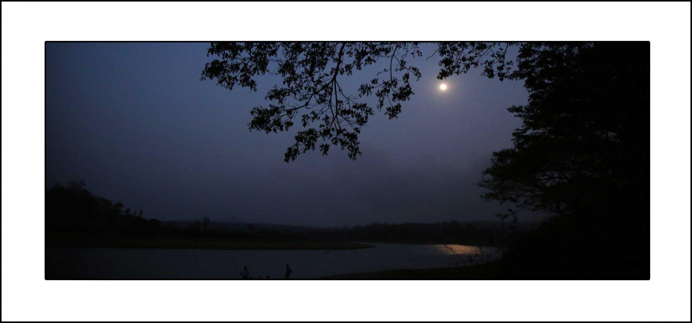 കബനിയിലെ നിലാവ് – കൊളവള്ളി