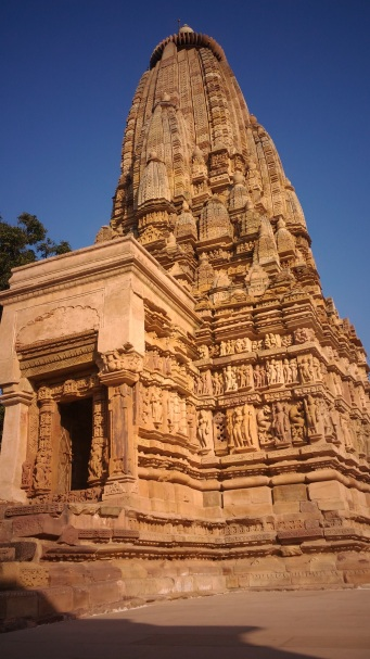 jain-temple-khajuraho